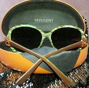 "NWOT Missoni ""M"" Sunglasses w/ Case & Cloth."